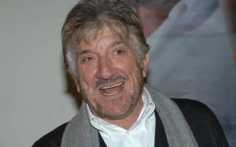 Il noto attore romano Gigi Proietti