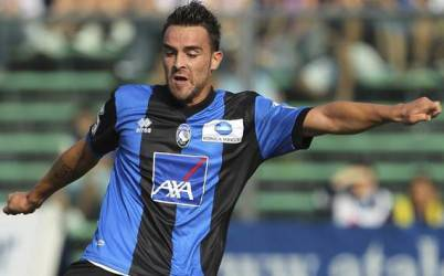 Il centrocampista Luca Cigarini