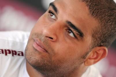 L'attaccante brasiliano Adriano