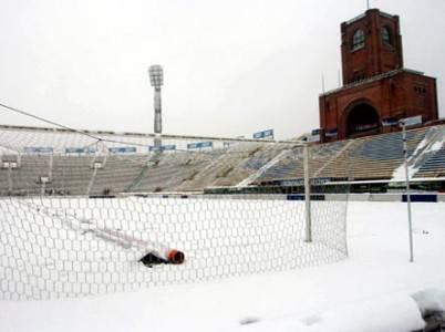 Neve sullo stadio bolognese Renato Dall'Ara