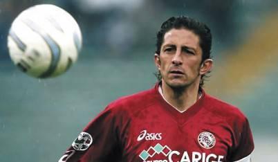 Igor Protti con la maglia del Livorno