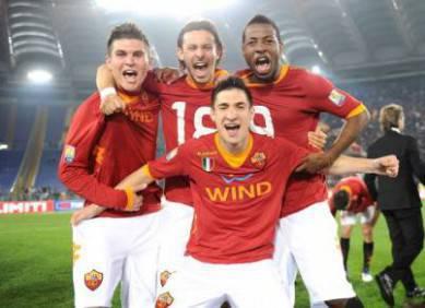 La As Roma Primavera festeggia la vittoria di ieri sera nella finale di Coppa Italia