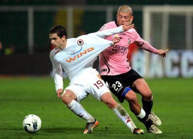 Il centrocampista giallorosso Gago (Getty Images)