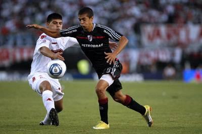 Il centrocampista argentino Manuel Lanzini a destra (Getty Images)