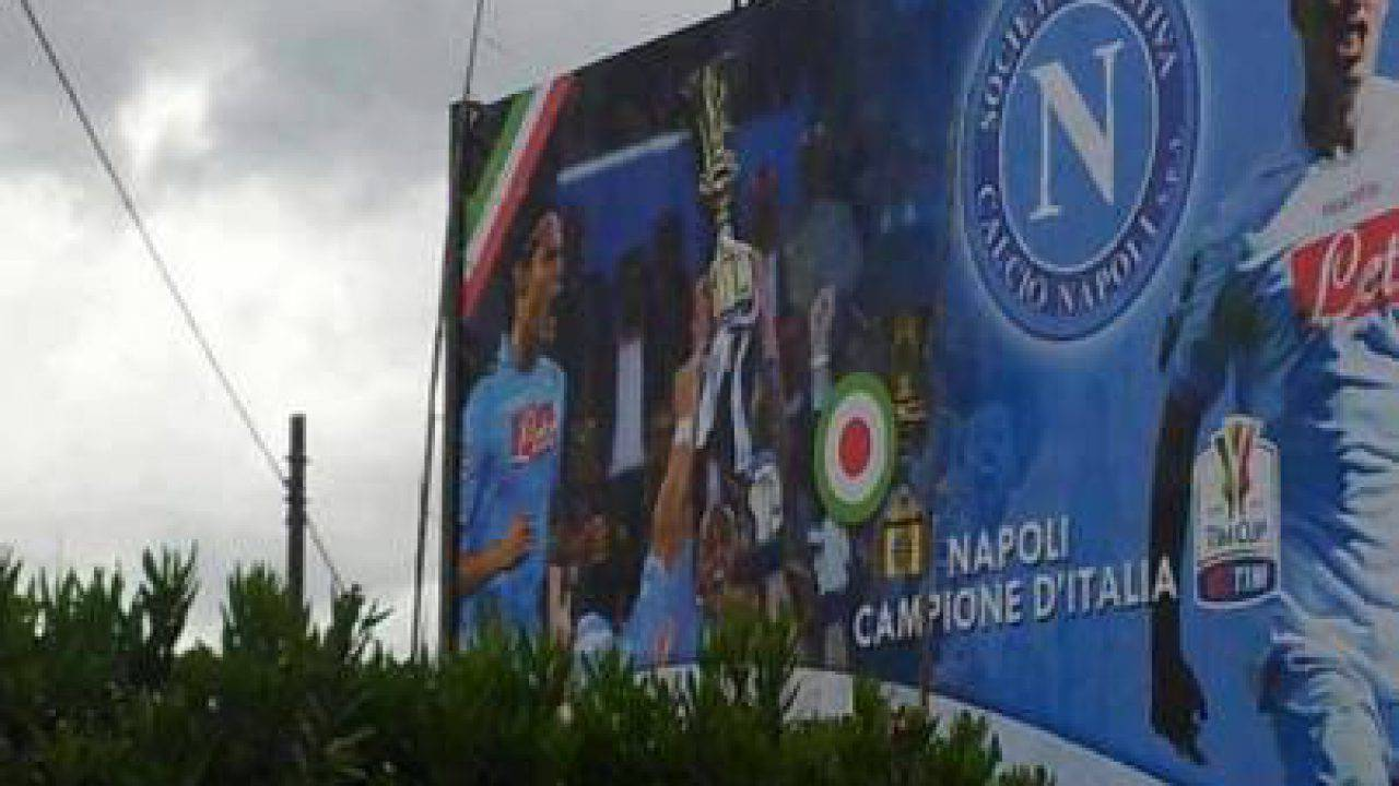 NEWS_1337708162_Napoli_campione_dItalia-