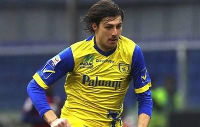 Francesco Acerbi lo scorso anno al Chievo