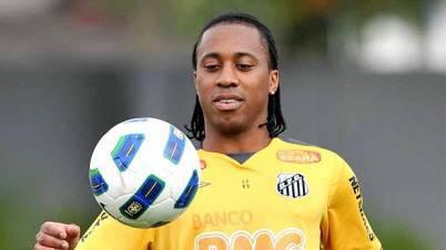 Il centrocampista del Santos Marcos Arouca