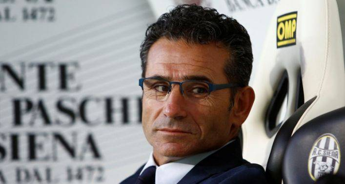 Siena antonelli con la roma serve la partita perfetta for Mondo catania