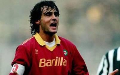 L'ex capitano giallorosso Giuseppe Giannini