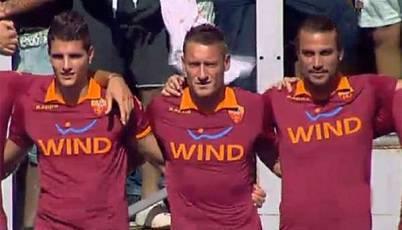 Lamela Totti e Osvaldo in occasione dell'Open Day giallorosso di un anno fa