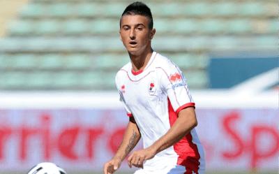 L'attaccante del Bari Nicola Bellomo
