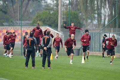 La Roma in allenamento a Trigoria