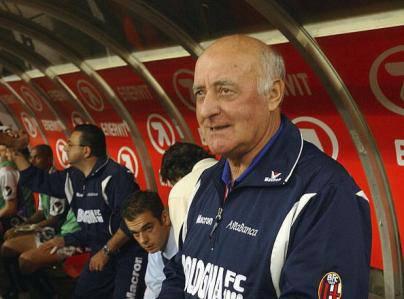 Carlo Mazzone quando allenava il Bologna (Getty Images)