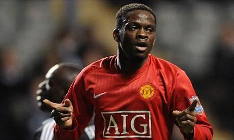 L'ex attaccante del Manchester United Louis Saha