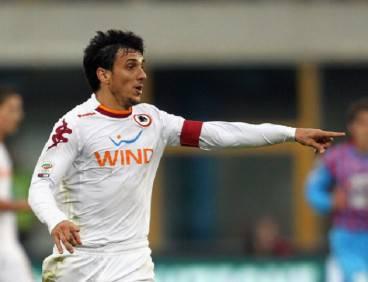 Il difensore giallorosso Nicolas Burdisso (Getty Images)
