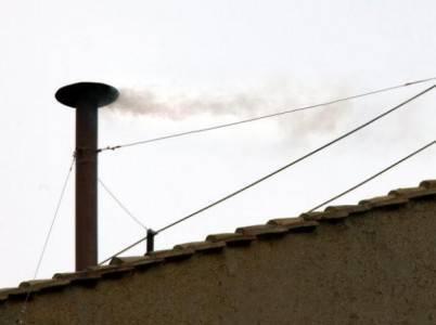 la Fumata bianca sul Vaticano