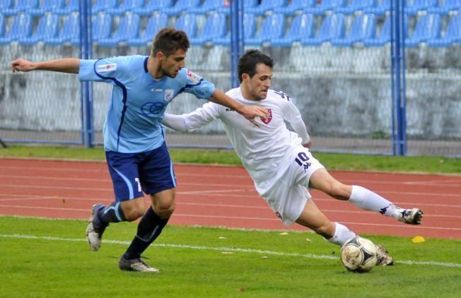Luka Muzenjak (in maglia azzurra)