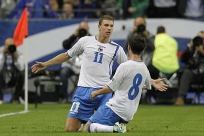 Dzeko e Pjanic con la Bosnia