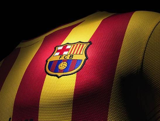 La maglia giallorossa del Barça