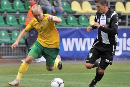 Miroslav Kacer (in maglia gialla)