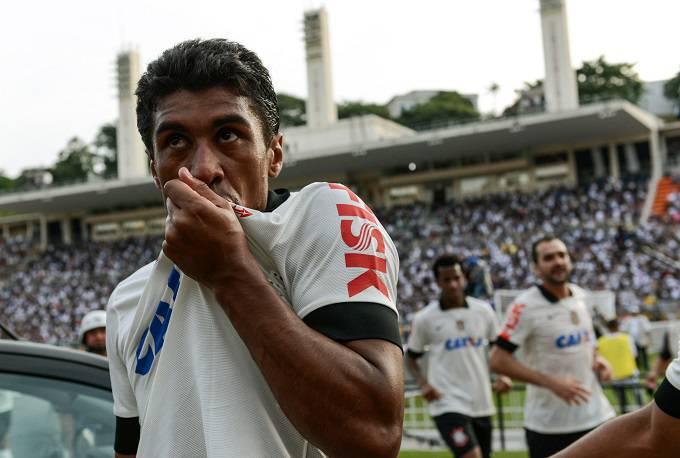 Il centrocampista brasiliano Paulinho (Getty Images)