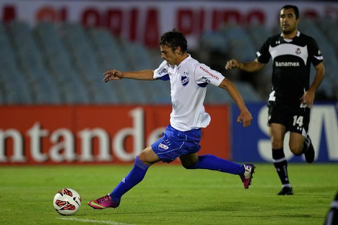 L'attaccante uruguaiano Gonzalo Bueno