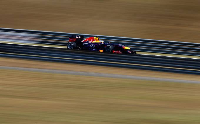 La Red Bull di Vettel sul circuito dell'Hungaroring (Getty Images)