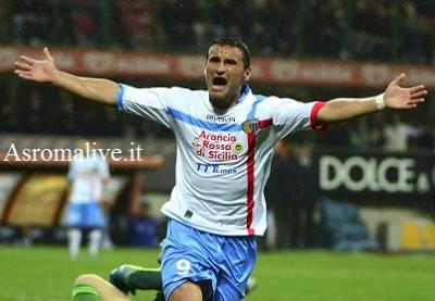L'attaccante del Catania Gonzalo Bergessio