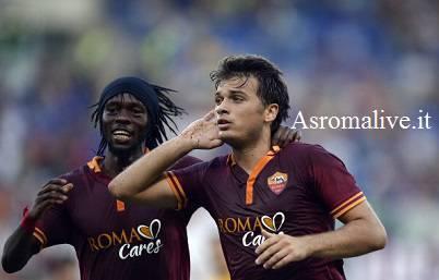 Ljajic esulta con Gervinho dopo aver segnato (Getty Images)
