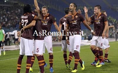 La gioia giallorossa nel 5-0 sul Bologna
