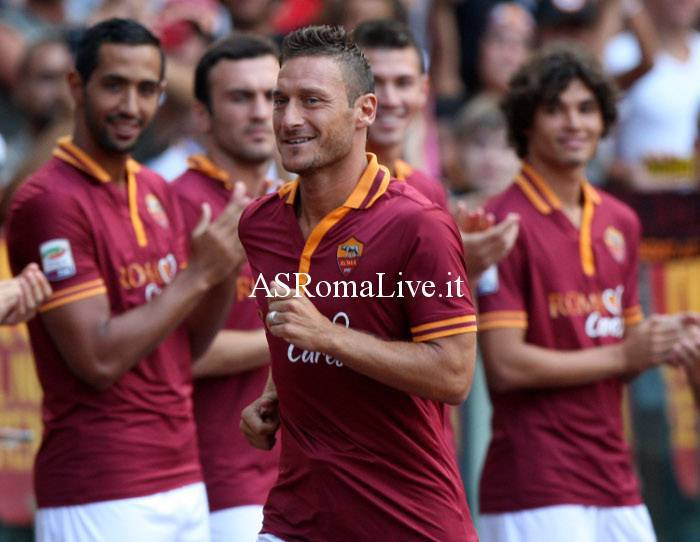 Totti durante l'Open Day 2013