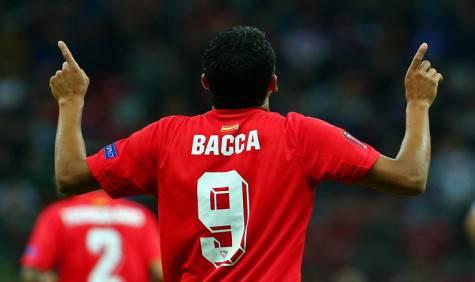Carlos Bacca esulta nell'ultima finale di Europa League