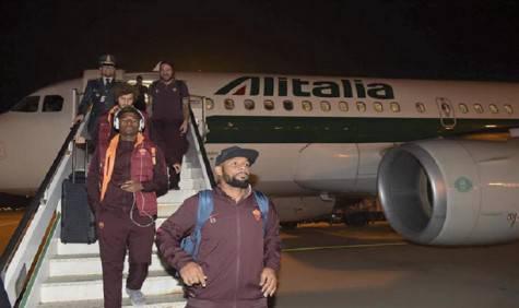 Arrivo della squadra a Milano (foto asroma.it)