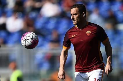 Roma, dietrofront di Pallotta: pronto il rinnovo per Totti