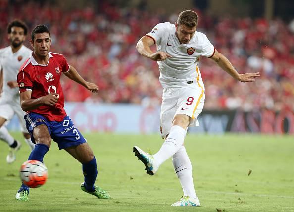 Roma, il Sunderland vuole Dzeko: presentata l'offerta ai giallorossi