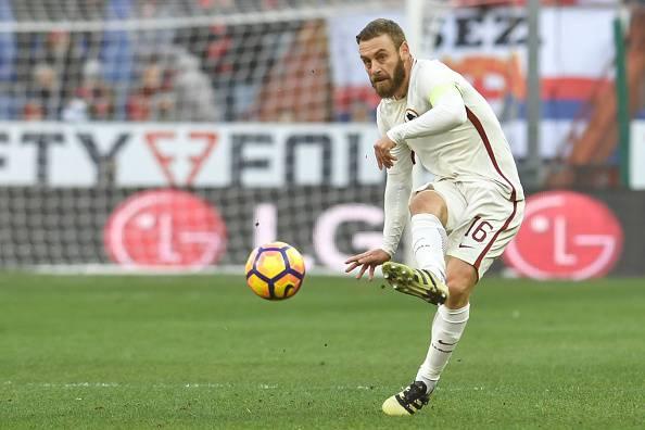 Roma-Atalanta, si ferma De Rossi: problemi alla caviglia, pronto Paredes