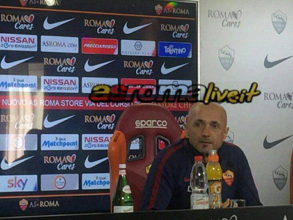 La Roma bada al sodo e si sbarazza del Cagliari: 1-0