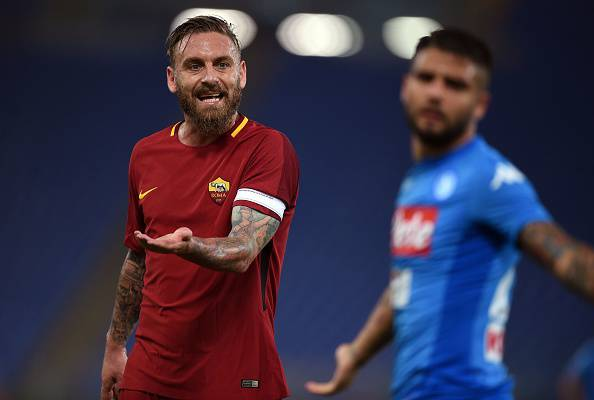 De Rossi furioso in panchina: