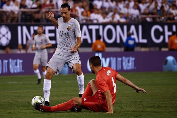 Calciomercato Roma: Llorente fa partire Schick. Dzeko e Higuain in standby