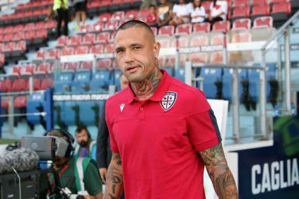 Cagliari: Olsen blocca sul pari i giallorossi, furia Fonseca nel finale